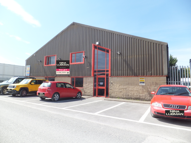 Warehouse to let in Buxton
