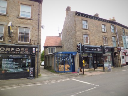 House and shop for sale in Buxton