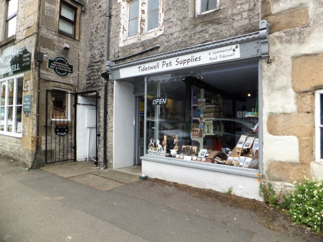 Shop to let in Tideswell